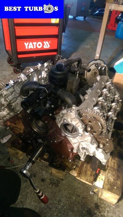 land rover specialists west midlands birmingham engine recon rebuild 2.7 3.6 tdv6 tdv8 turbos replacement engine timing shaft cam engine rebuild seized up con rod tdv8 range rover vogue piston